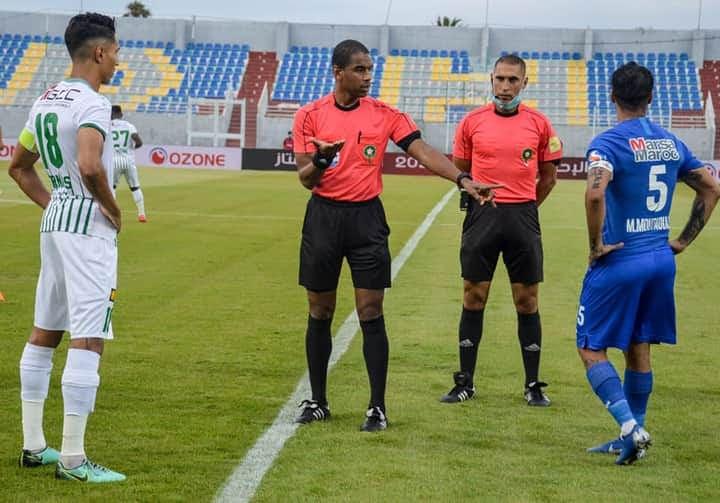 دفاع الحسني الجديدي يحصد نقطة و بأداء متوسط أمام الرجاء البيضاوي
