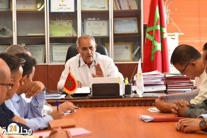 اجتماع في إطار الإعدادات الجارية لاستقبال مغاربة العالم والاستعداد لموسم الاصطياف 2021