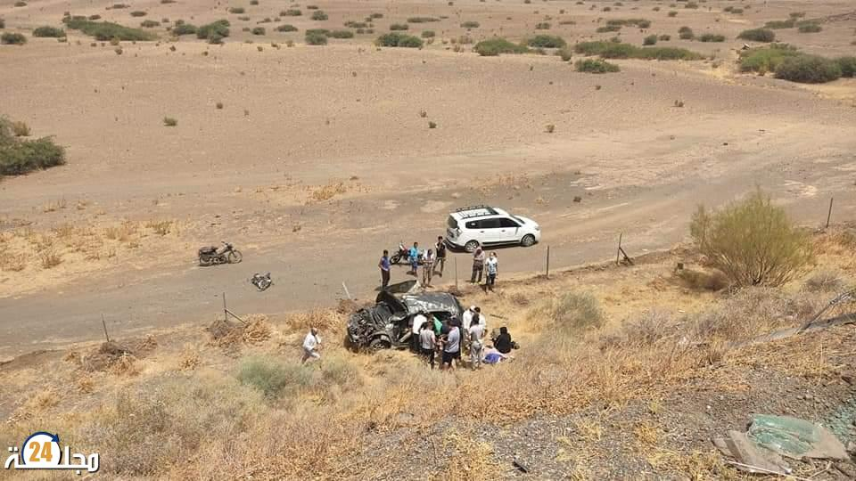 مصرع شخصين في حادث انقلاب سيارة بين مراكش و بن جرير