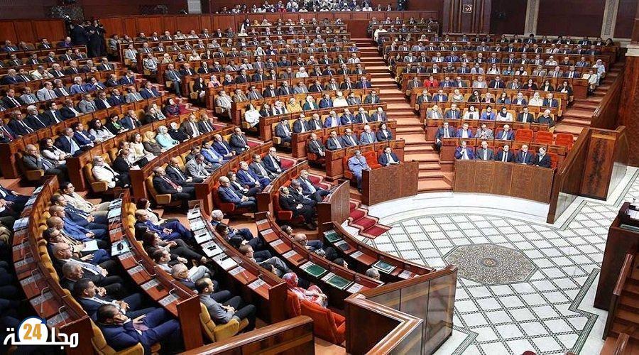 مجلس المستشارين .. مواقف متباينة لفرق المساندة والمعارضة إزاء الحصيلة المرحلية للحكومة