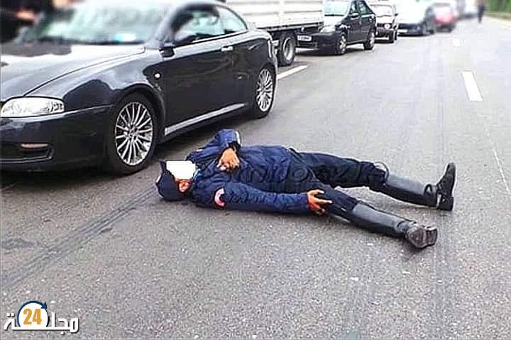 اعتداء بالسيوف على شرطي وسرقة سلاحه الوظيفي