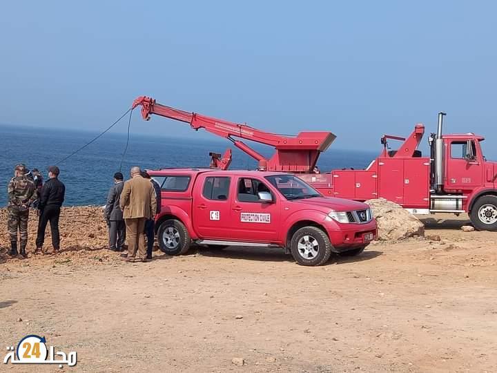 انتشال جثة رجل داخل سيارة بشاطئ صخري بمدينة الرباط