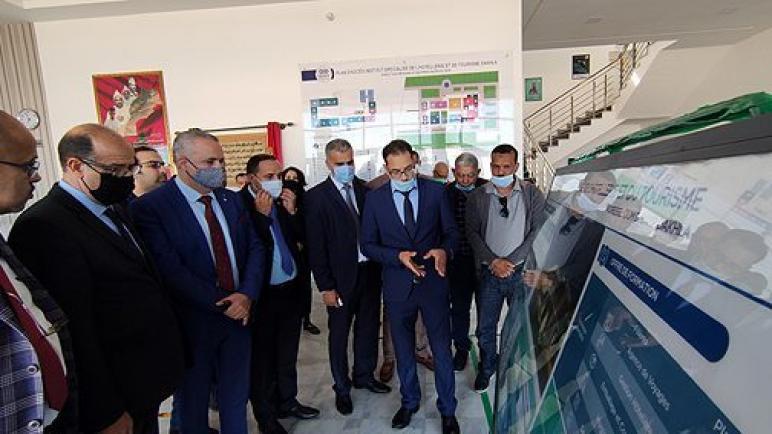 نادي المسيرين بالمغرب يستكشف فرص الاستثمار في جهة الداخلة – وادي الذهب