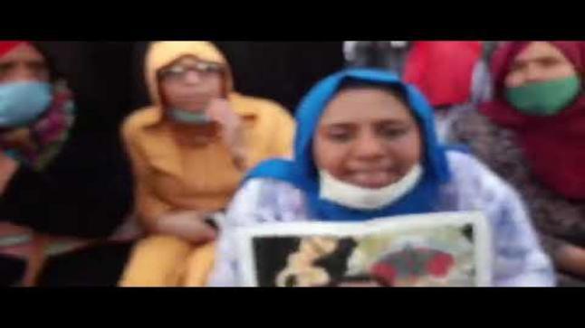 بالفيديو..مباشرة من سطات… وقفة احتجاجية لأصحاب الحمامات للمطالبة باستئناف عملهم