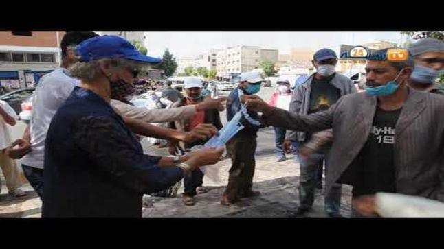 """بالفيديو…جمعيات محلية تقود حملة تحسيسية وتوزع الكمامات للوقاية من """"كورونا"""" بسطات"""