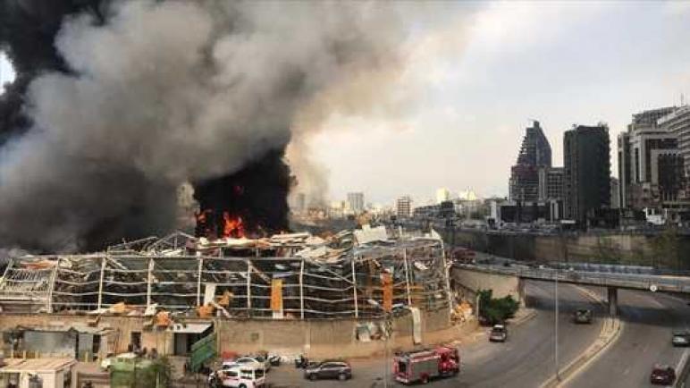 لبنان… حريق مرفأ بيروت ناجم عن أشغال إصلاحات